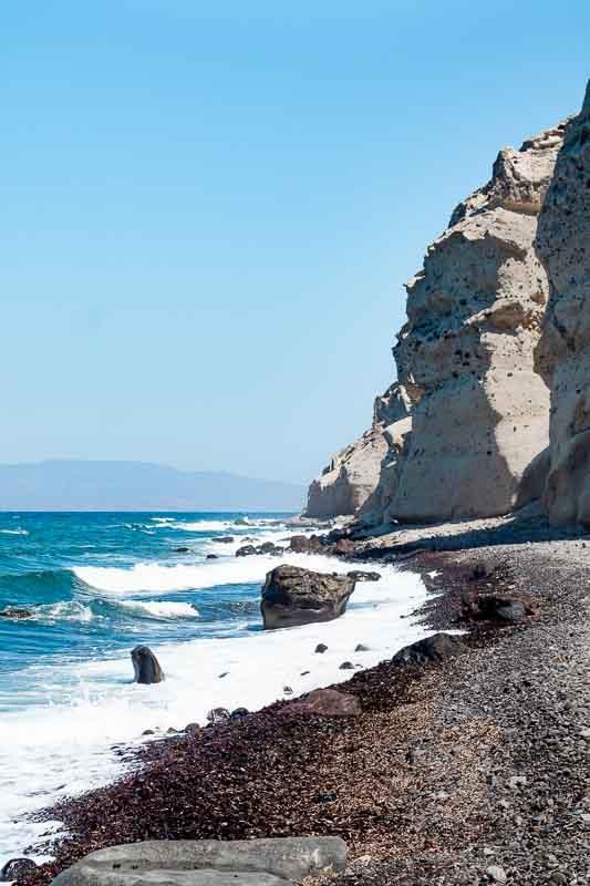 Santorini_blackbeach